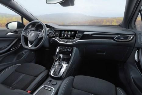 Das neue Top-Infotainment aus dem Insignia wird über einen acht Zoll großen Touchscreen bedient. © Opel