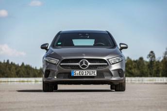Man sieht kaum einen Unterschied, beim Fahren ist der A 250 e jedoch deutlich agiler als sein herkömmlicher Bruder. © Daimler