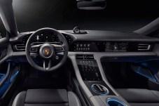 So sieht der vollelektrische Porsche Taycan innen aus .© Porsche