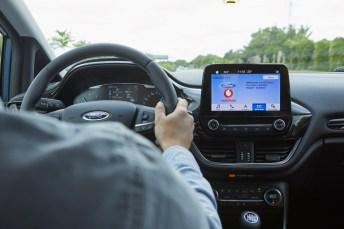 Ford und Vodafone testen eine neue Technologie für vernetzte Fahrzeuge. Läuft alles nach Plan, könnte dies die Suche nach Parkplätzen erleichtern. © Ford