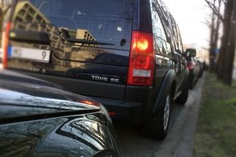 Laut Ford verbringt ein Autofahrer in Städten jedes Jahr bis zu 67 Stunden mit der Suche nach Parkplätzen. © TÜV Süd