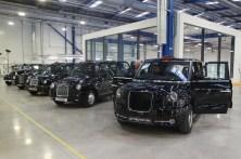 London Taxi-Prototyp und einige seiner Ahnen. Foto: Auto-Medienportal.Net