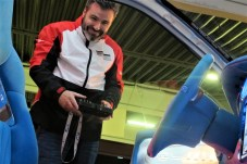 Per Fernsteuerung lassen sich alle Funktionen des Polo e-drive concept von außen bedienen.