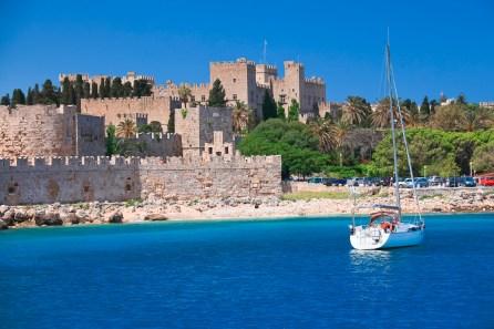 Griechenland steht im Mittelpunkt der Wachstumsstrategie von TUI. Hier der Grand Master Palace auf Rhodos.© TUI