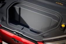 """In den """"Frunk"""", den vorderen Kofferraum, passen 100 Liter - und er hat einen Wasser-Ablass. © Ford"""