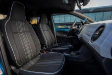 Komfort bietet die gehobene Variante außerdem mit beheizbaren Vordersitzen, beheizten und elektrisch verstellbaren Außenspiegeln, Nebelscheinwerfern und einem Audiosystem mit sechs Lautsprechern. © Seat