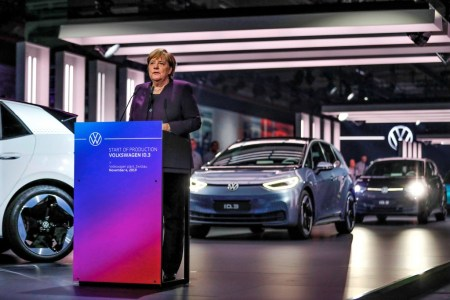 Bundeskanzlerin Angela Merkel beim Produktionsstart des ID.3 in Zwickau. © Volkswagen