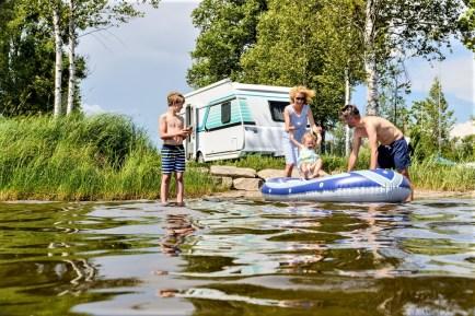 Campen statt Fliegen - der Traum vom Camping lockt immer mehr Menschen.Foto: Auto-Medienportal.Net/Michael Kirchberger