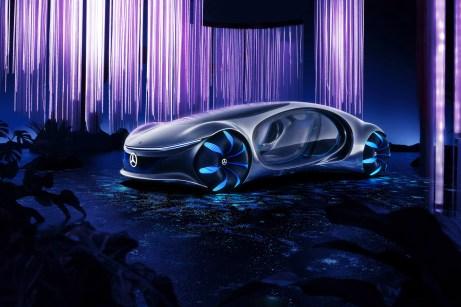 """Die unverwechselbare Inside-Out-Designstruktur verbindet sich innen und außen zu einem emotionalen Ganzen und wurde von mehreren Kreaturen aus dem Film """"Avatar"""" inspiriert. Der Vision AVTR ist der Blick in die sehr weite Zukunft der Mobilität. © Daimler"""