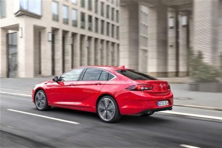 Fast schon ein Coupe: Der Opel Insignia Grand Sport. © Opel