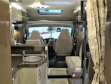 Zusätzliche Längsbank für Gäste im Optima Premium T70 E