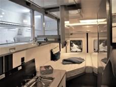 Der waagrechte Kühlschrank im Vantana ist eine einmalige Hobby-Spezialität