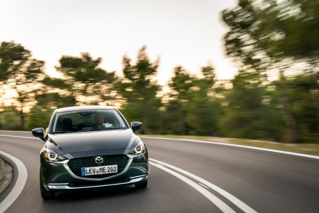 Der modellgepflegte Mazda2 ist an der modifizierten Frontpartie zu erkennen. © Mazda
