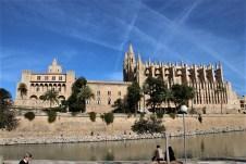 Die Kathedrale in Palma hat sich als markantestes Gebäude der Insel eingeprägt. © Kurt Sohnemann