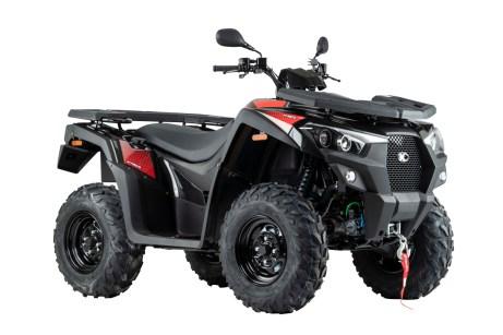 Mit der nach vorn gerichteten Front, zentralem Kühlergrill und der sportlichen Verkleidung wirkt das neue ATV-Modell MXU 550i T Offroad LOF des taiwanesischen Herstellers Kymco angriffslustig. © Kymco