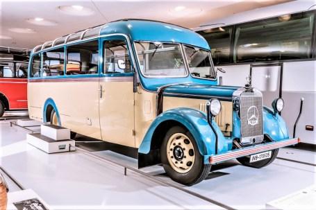 Mercedes-Benz O 2600 Allwetter-Reiseomnibus aus den 1930er-Jahren. Exponat der Dauerausstellung im Mercedes-Benz Museum, Raum Collection 1 – Galerie der Reisen. © Mercedes-Benz