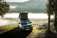 Den Sonnenaufgang vom Bett aus anschauen: Nur richtig herum parken muss man seinen Marco Polo. © Daimler