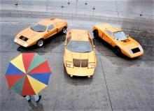 """Mercedes-Benz C 111 (von links): die erste Version von 1969, die in Genf präsentierte zweite Version von 1970 und das Erprobungsfahrzeug """"Hobel"""". Foto: Auto-Medienportal.Net/Daimler Erprobungsfahrzeug """"Hobel"""" (rechts) und die in Genf präsentierte zweite Version von 1970. Foto: Auto-Medienportal.Net/Daimler"""