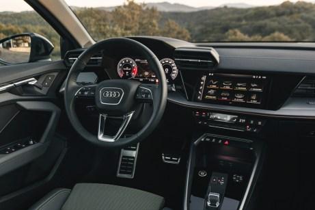 Luftdüsen wie beim Lamborghini geben dem Innenraum des A3 eine sportlich-prägnante Note. © Audi