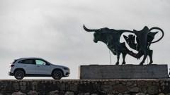 Stark wie ein Stier wird der GLA erst, wenn AMG einsteigt. Dann wird es ein Triebwerk mit über 400 PS geben. © Daimler