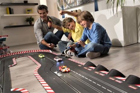 Motorsport im Wohnzimmer: Digitalbahn von Carrera. Foto: Auto-Medienportal.Net/Carrera