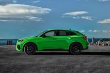 Unten SUV, oben Coupé: In der Version Sportback entwickelt die Dachlinie des Q3 einen eleganten Schwung zum Heck hin. © Audi