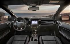 Edel: Der Innenraum des Sondermodells ist serienmäßig mit dunklem Leder ausgestattet. © Ford