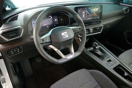 Ganz modern: Auch der Leon setzt stark auf Digitalisierung, etwa beim volldigitalen Virtual Cockpit. © Rudolf Huber / mid