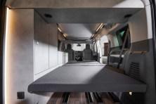 Der 4,95 Meter lange Crosscamp Life ist ein vollwertig eingerichteter Camper mit vier Schlafplätzen. © Opel
