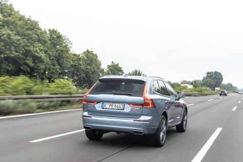 Die erfahrene Durchschnittsgeschwindigkeit liegt beim nicht abgesicherten Volvo XC60 bei 120,5 km/h, beim abgeregelten Fahrzeug beträgt sie 117 km/h. © Volvo