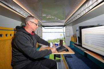 Durch die PlugVan Box verwandelt sich der e-Crafter in ein Reisemobil. © by Frank Eusterholz