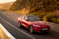 Mit dem Mustang Mach-E möchte Ford auf der elektrischen Überholspur fahren. © Ford