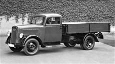 1,5 to. Opel Blitz mit Pritsche (Typ 2,5-32) mit 2,5 l undSechzylindermotor von 1938. Foto: Opel