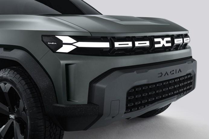 Selbgewusst: Die Frontpartie des Bigster Concept muss sich nicht hinter denen etablierter Geländegänger verstecken. © Dacia