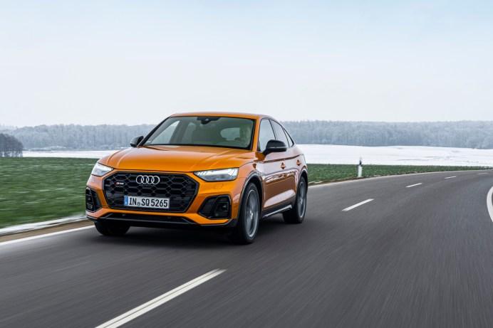 Flottes Crossover-SUV: der neue Audi SQ5 Sportback in schickem Drachen-Orange. © Audi