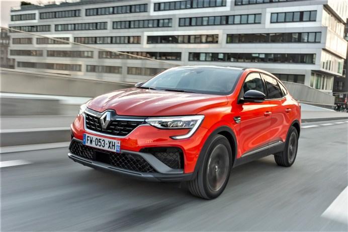 Der neue Renault Arkana vereint auf 4,57 Metern Länge schickes Crossover-Design und innere Werte. © Renault