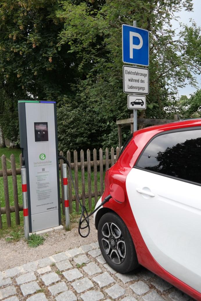 2020 wurden insgesamt 194.163 reine Elektroautos in Deutschland zugelassen. © Rudolf Huber / mid