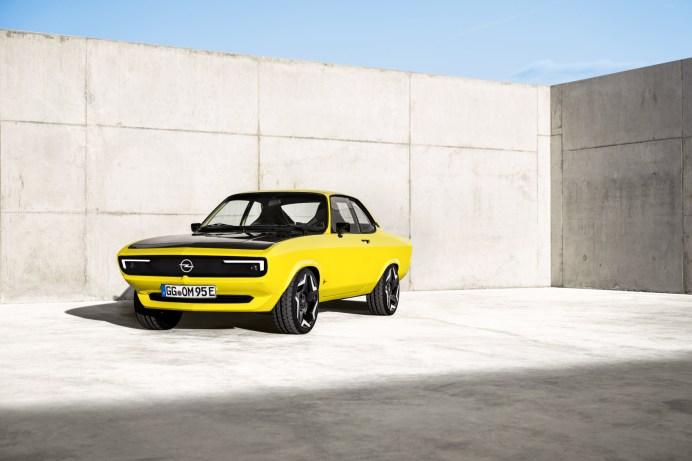 Schneidig: Beim 2021er Elektro-Manta steht dem Fahrer ein maximales Drehmoment von 255 Newtonmeter zur Verfügung - aus dem Stand. © Opel