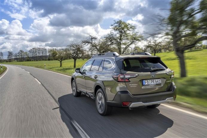 Hervorragende Fahreigenschaften dank Allradsystem und tief liegendem Boxermotor. © Subaru