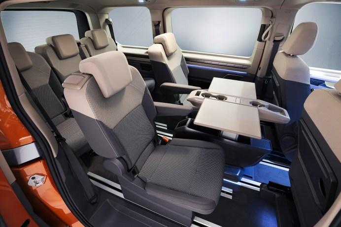 Das Sitzkonzept des T7 setzt auf höchste Flexibilität, alle Sitze lassen sich verschieben und blitzschnell herausnehmen. © VWN