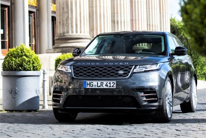 Die Nische zwischen dem Range Rover Evoque und dem Range Rover Sport hat der Velar prominent gefüllt. © Jaguar Land Rover Deutschland GmbH