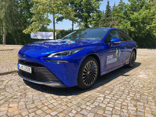 Toyota ruft für den Mirai 63 900 Euro auf – das sind rund 15 000 Euro weniger als beim Vorgänger. © Klaus H. Frank