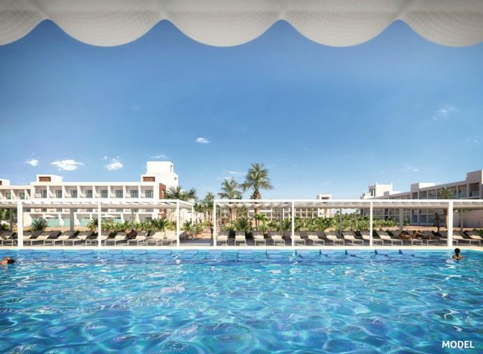 Das RiuPalaceSanta MariaaufSal: Das Fünf-Sterne-Hotel mit seinem umfassenden All-Inclusive-Angebot und Anbindung an den Wasserpark ist ideal für Familien. © TUI