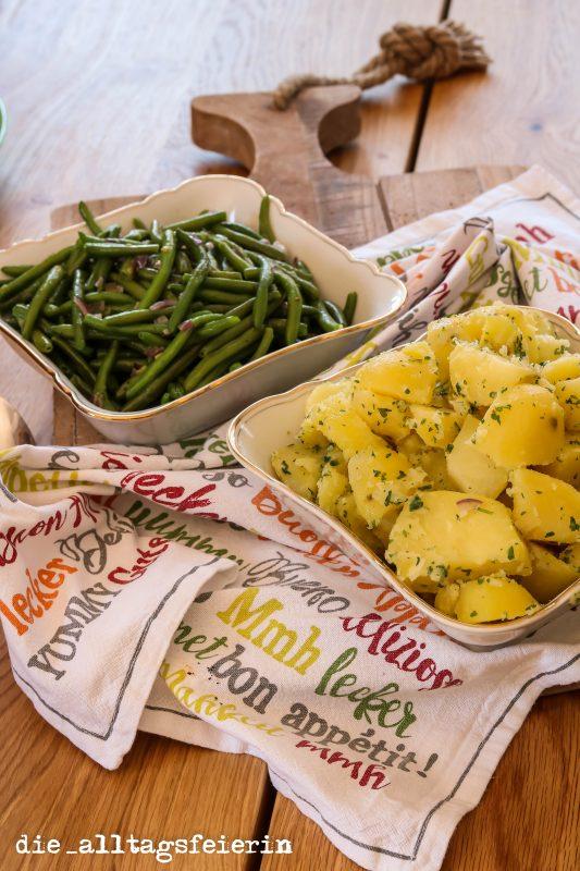 grüne Bohnen, Kartoffeln, Rollin' Rollin' Rollin' Roulatenauflauf mit Paprika-Champignonrahm, ROLLIN' - ROLLIN' - ROLLIN' * ROULADENAUFLAUF