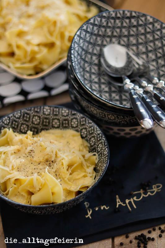 Zutaten, Zucchinisoße, Pasta, Frischkäse, Zucchini, gelbe Zucchini, Familienküche, Kochquicky