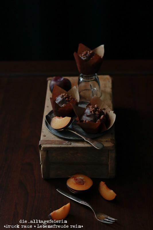 Fotografie, Food-Fotografie, Food-Photography, Food-Fotografie Workshop, Canon EOS 750d, Cinema-Style, Dark & Moody Photography, Dark & Moody, Cupcake, Muffin, Fotoprops, Fotoatelier, ZuckerimSalz, Food2Shoot