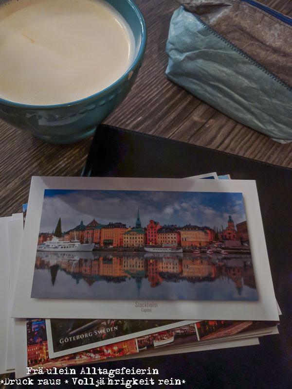 Meine Postkarten habe ich im Café Lazy House geschrieben und der Chai Latte hier ist wirklich lecker.