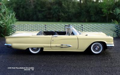1959 Ford Thunderbird 08