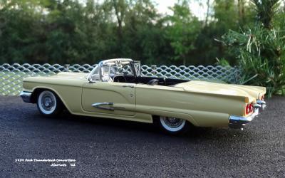 1959 Ford Thunderbird 11