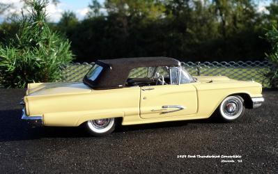 1959 Ford Thunderbird 10